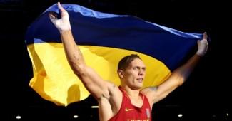 Александр Усик заявил, что готов уехать из Украины