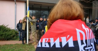 """""""Правый сектор"""" в Одесском суде устроил массовое побоище (ВИДЕО)"""