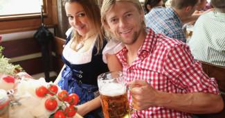СКАНДАЛИЩЕ! Жена Тимощука рассказала почему сборная так ужасно выступила - вместе с игроками живут проститутки