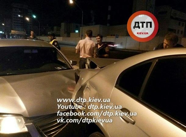 СРОЧНО! Пьяное ДТП в Киеве! Надежда Савченко попала в аварию (ФОТО + ВИДЕО)