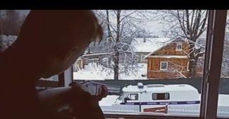 На России в Пскове, подростки обстреляли полицейский автомобиль и покончили с собой (ВИДЕО)