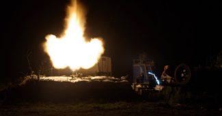 Под Мариуполем завязался тяжелый бой! А под Донецком боевики накрывают силы АТО одиночными «тяжелыми» выстрелами http://www.snaua.info/?p=2793