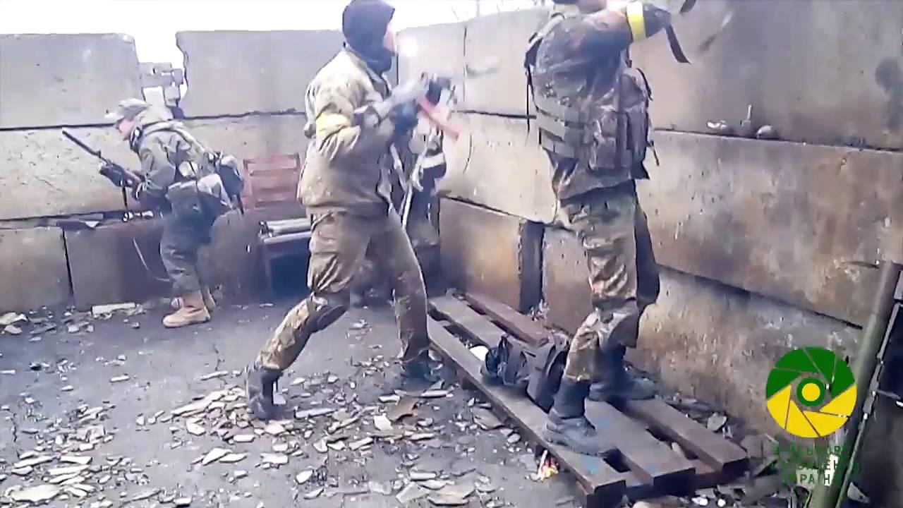 Боевики продолжают мощно бомбить Адеевку в том числе из ГРАДов, и уже 4-тый раз пытались взять штурмом город