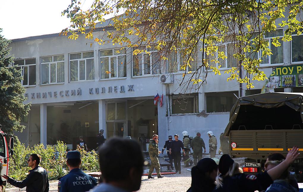 Подозреваемых в убийства в Керчи несколько: убивали всех без разбора, сейчас уже 18 убитых и множество раненых (ФОТО УБИЙЦ)