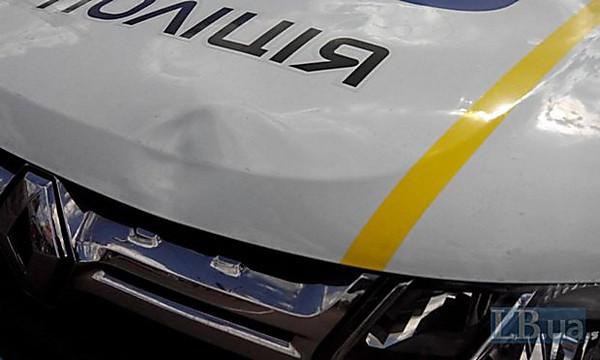 Полицейского, который в Киеве сбил насмерть на переходе женщину, суд отправил под домашний арест
