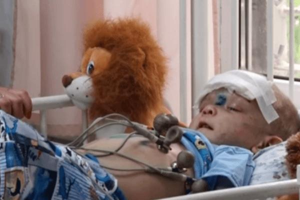 ЖУТКАЯ ИСТОРИЯ С ПРОДОЛЖЕНИЕМ! Избитый мальчик, найденный в Одессе, наконец рассказал кто над ним так издевался (ВИДЕО)
