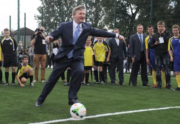 У Ахметова рассказали о покупке миллиардером ещё одного известного футбольного клуба