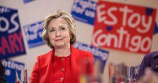 Клинтон официально признала поражение, призвала всех принять такой выбор и не делать революцию (ВИДЕО первой речи)