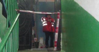 Жуткая история в Киеве! Оказывается, что в квартиру к умершим детям приезжала полиция, но постучав в дверь уехали