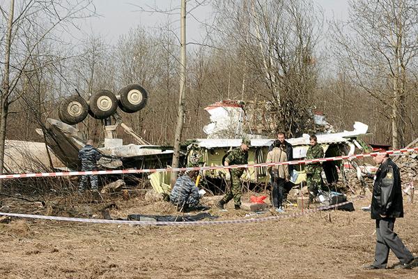 МЕЖДУНАРОДНЫЙ СКАНДАЛ! В Польше раскрыли сенсационные факты о том, что Россия готовила теракт под Смоленском в 2010 (+ ВИДЕО как добивали выживших в экипаже)