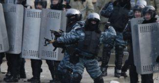 1390378508-3051-boytsyi-spetspodrazdeleniya-militsii-berkut
