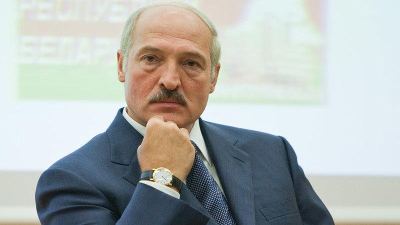 Вся Беларусь на ушах! Стало известно при каких обстоятельствах Лукашенко получил инсульт
