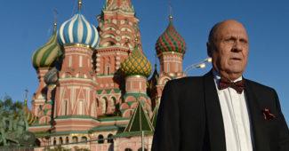 КАРМА! Российского режиссера Меньшова, который пожертвовал миллион «ДНР», избили на заправке (ВИДЕО)