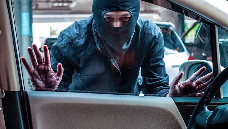 Несколько способов защитить автомобиль от угона